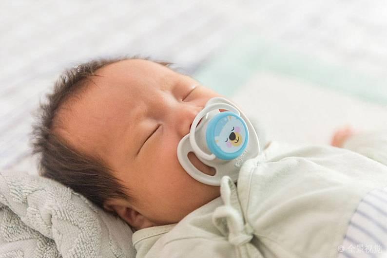宝宝夜晚易惊醒?教你五招改善宝宝睡眠!
