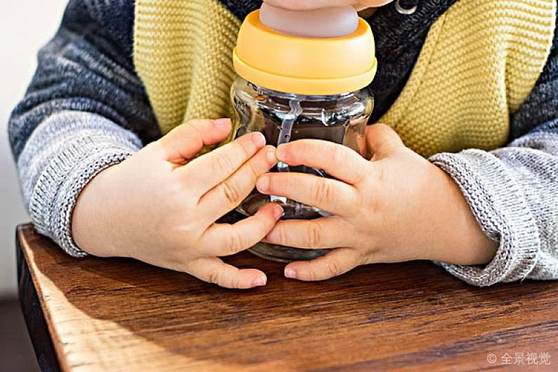 还在为挑奶瓶发愁?教你如何选好宝宝奶瓶!